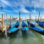 Gondolas on Grand Canal — Stock Photo