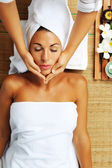 Portrait of young beautiful woman in spa environment — Stock Photo