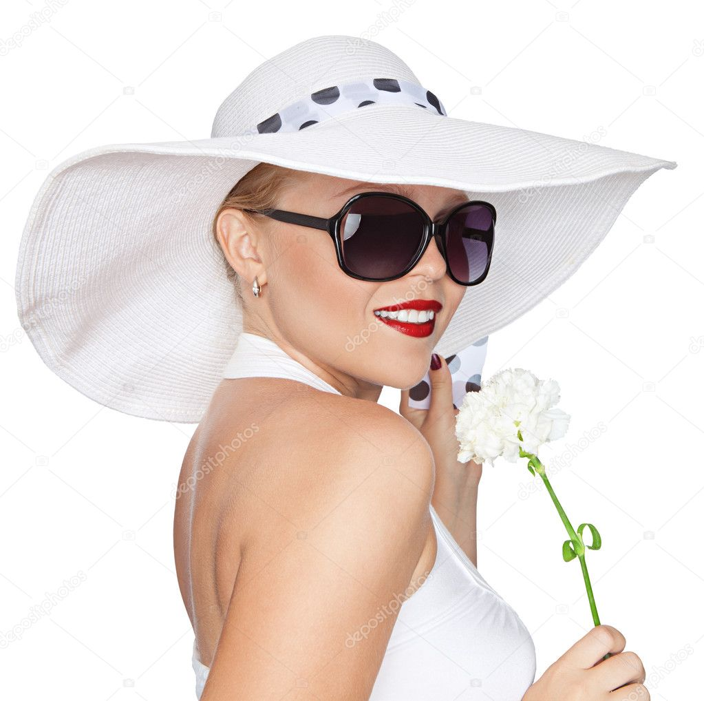 Portrait of young beautiful woman in hat and sunglasses — Stock Photo #8876888