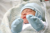 Newborn baby in hospital — Stock Photo