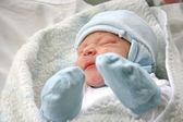 Newborn baby in hospital — Stock Photo