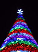 Noel ağacı üçgen, mutlu yeni yıl soyut — Stok fotoğraf