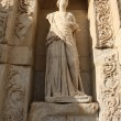 Statue from Library of Celsus - 图库照片