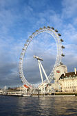 Vista al london eye — Foto de Stock