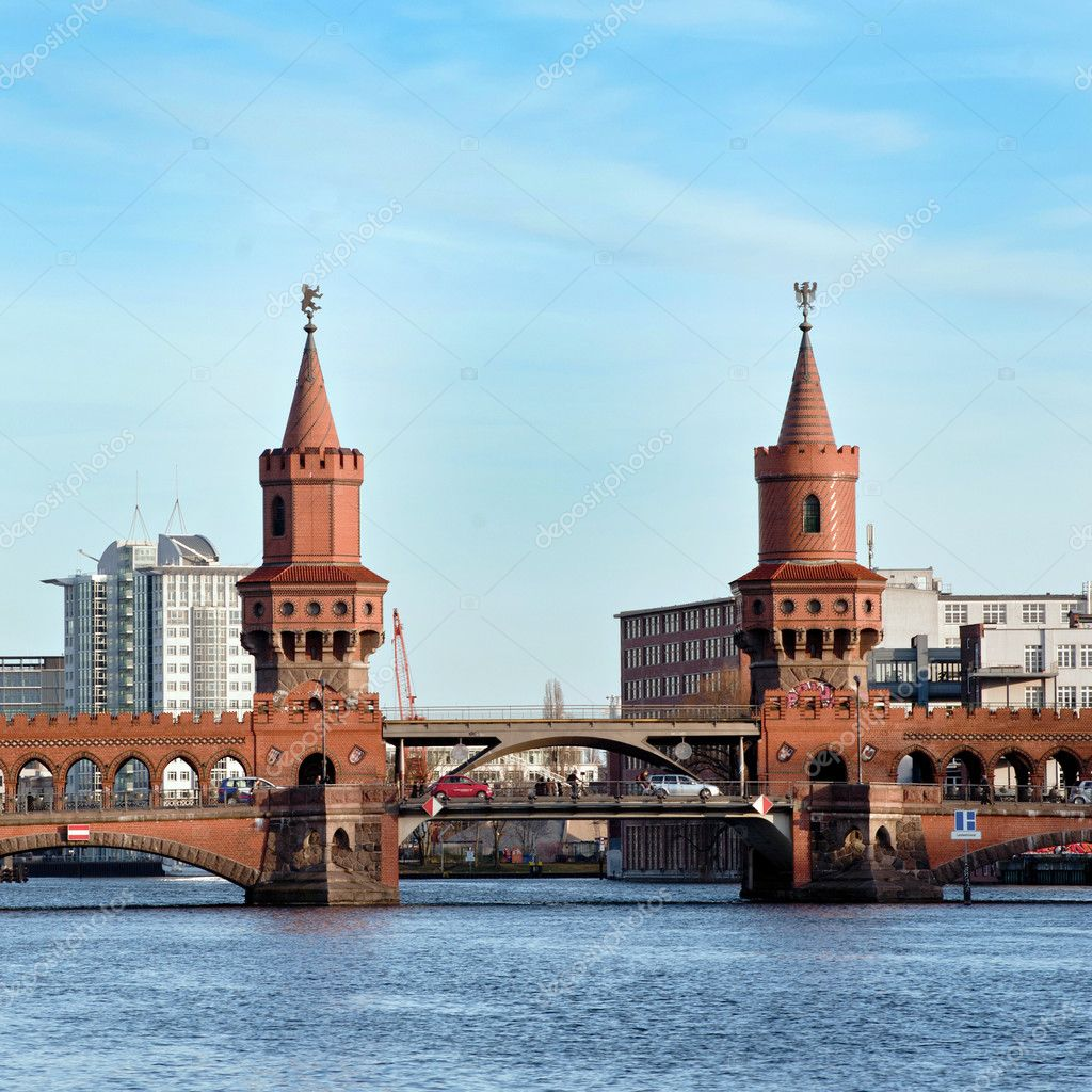 Bridge in Berlin - Kreusberg - Germany — Stock Photo #10201117