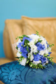 Bridal bouquet of white and blue flowers — Stock Photo