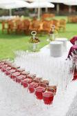 Boda buffet con frutas sobre la mesa — Foto de Stock