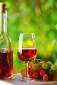 Portuguese rose wine — Stock Photo