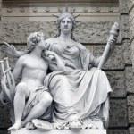 Постер, плакат: Statue depicting personifications of Europa