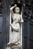 Martelaarschap van st. stephen. steniging van st. stephen, detail van de stephansdom, wenen — Stockfoto