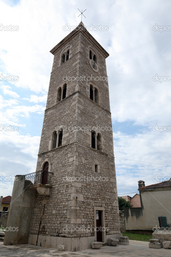 Historic church tower in Nin, Croatia — Stock Photo #9028203