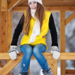 Young woman outdoor in winter — Stockfoto