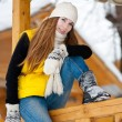 Young woman outdoor in winter — Stock fotografie