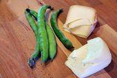 Pecorino with fava beans — Stock Photo