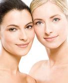 Duas mulheres bonitas — Fotografia Stock