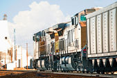 Freight Train Returning Empty Coal Cars — Stock Photo