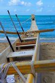 Canoe Beached on Waikiki Beach — Stock Photo
