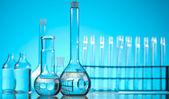 Assorted laboratory glassware , experiment — Stock Photo