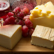 Cheese and grapes — Foto Stock