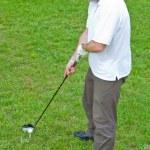 一个年轻的男性高尔夫玩家的形象 — 图库照片