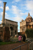 Italy. Rome. Ruins of a forum and Vittoriano — Stock Photo