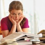 Teenager girl learning — Stock Photo