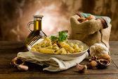 Pasta met walnoot pesto — Stockfoto