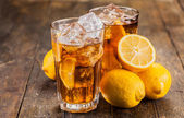 Lemon Ice Tea on wooden table — Stock Photo