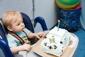 Tot with cake — Stock Photo