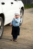 男の子と車 — ストック写真