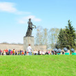 Victory day on Piskaryovskoye Memorial Cemetery — Stock Photo #10391109