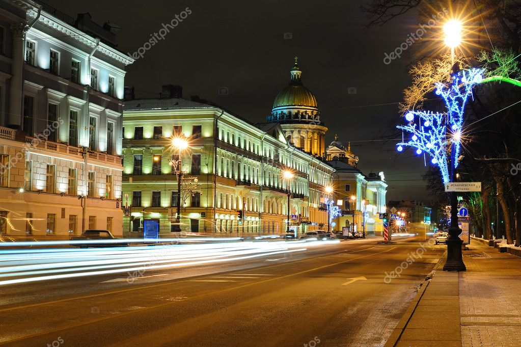 Street in Saint Petersburg near Saint Isaac's Cathedral  Stock Photo #8709039