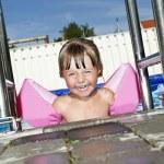 Girl in swimming pool — Stock Photo #9586290