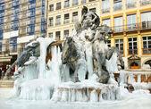 Fontana congelato — Foto Stock