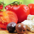 Fresh tomatoes, olives and white cheese — Stock fotografie