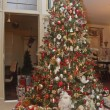 Christmas Gifts Under Decorated Tree — Stok Fotoğraf #9396703