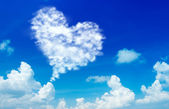 Love shape cloud — Stok fotoğraf