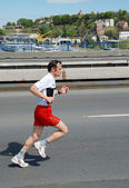 Man runs in 25th Belgrade Marathon on April 22, 2012 in Belgrade, Serbia — Стоковое фото