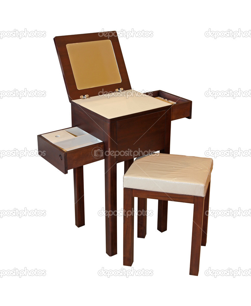 Wooden makeup table isolated with clipping path included — Stock Photo #8291905