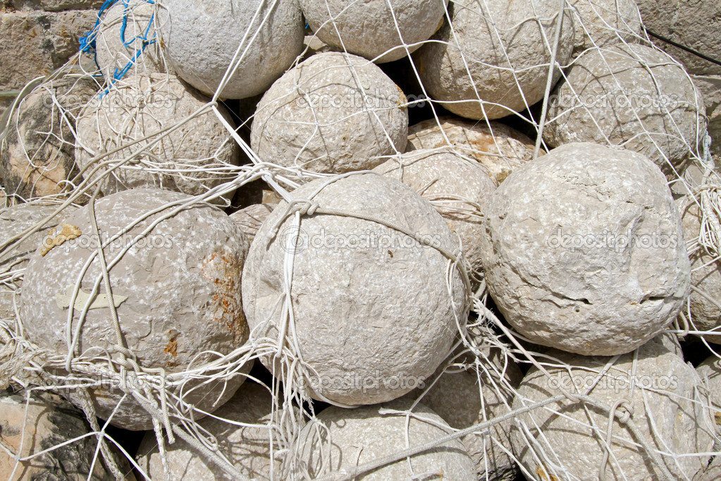 Bunch of medieval stone cannon balls — Stock Photo #8510565