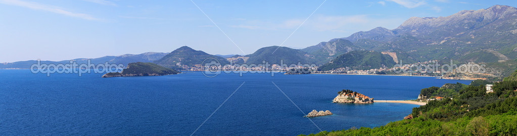 Montenegro coast panorama with St. Stefan islet — Stock Photo #9597025