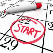 Słowo kalendarzowym począwszy od dnia krążyły znacznik daty rozpoczęcia — Zdjęcie stockowe