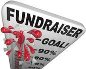 Thermomètre de collecte de fonds titres objectif atteint le succès — Photo