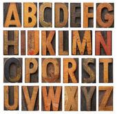 Antika ahşap alfabe seti — Stok fotoğraf