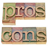 Pros and cons in letterpress type — Stock Photo
