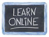 Aprender o sinal do quadro-negro on-line — Foto Stock