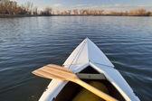 Canoe bow and paddle — Stock Photo