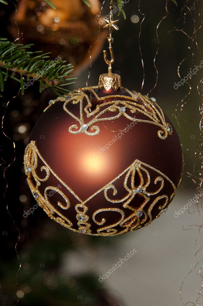Decorative Christmas balls hanging on pine - tree branch — Stok fotoğraf #8261440