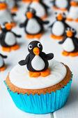 ペンギンのカップケーキ — ストック写真