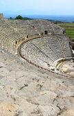 Ancien amphithéâtre près de pamukkale à hiérapolis, turquie — Photo